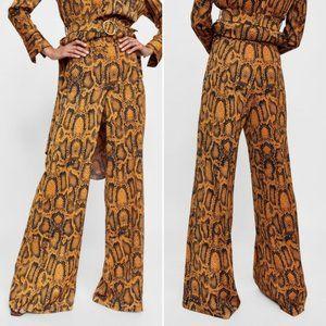 NWT (ZARA) Snake Print Wide Leg Trouser Pants M